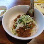 インヤー湖近くのシャンヌードルショップ「Khemarat Shan Noodle」で朝食